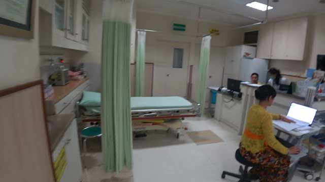 救急処置室(外国人専用)