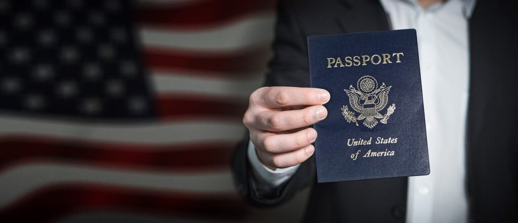 不法就労者にとって入国ビザが一番の問題点