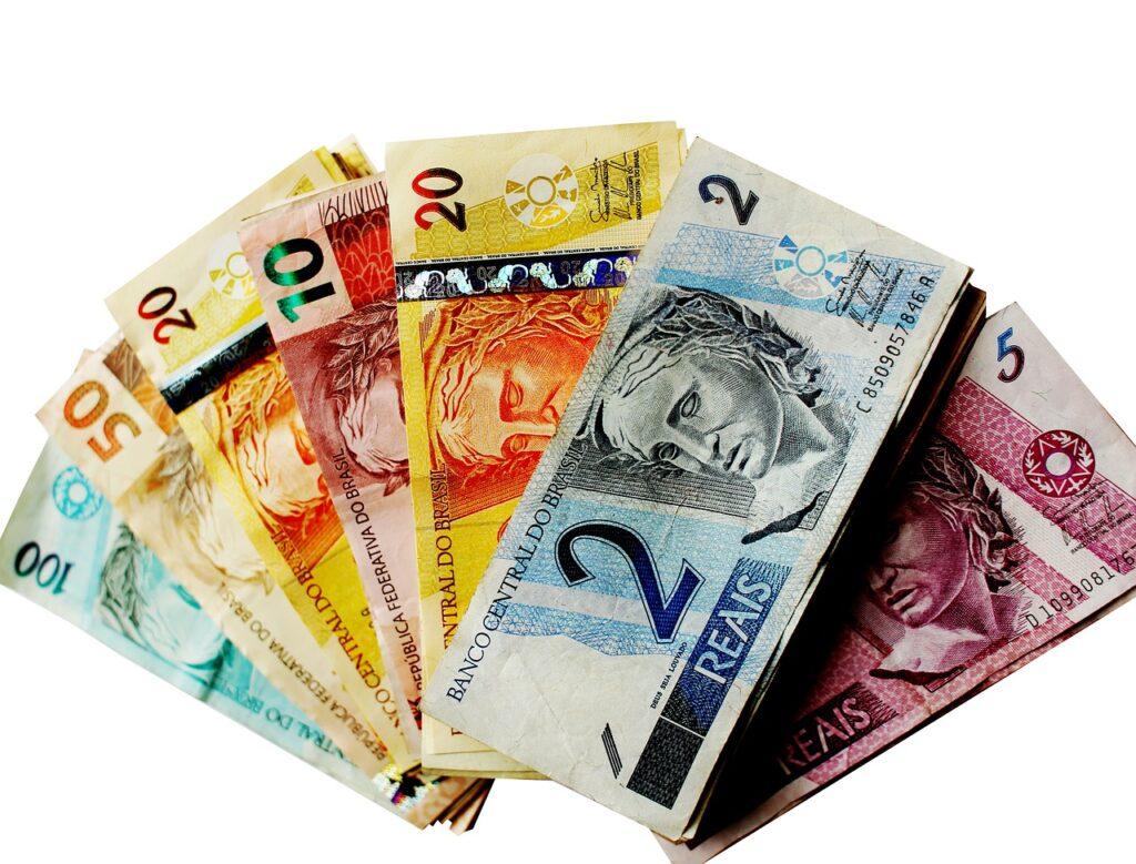 バリ島の給料